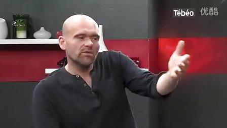 """悲怆""""Virus""""- Inophis 在法国电视台现场(在3:50开始)-法丽达吉他 Farida FIS-60"""