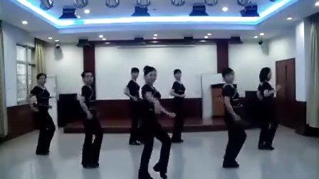 广场舞:女兵