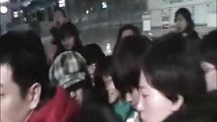 110209札幌-北京接机(玄子春样年华合并版)