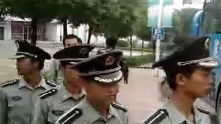 2010金城学院军训教官离别场面,看了别哭啊。