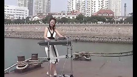 三排键电子琴合奏