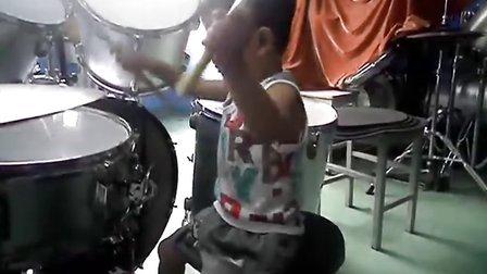 〈我相信 〉三岁鼓童的歌曲练习
