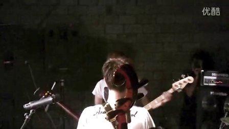 冷酷仙境和日本三味线乐队Soothe联合演出
