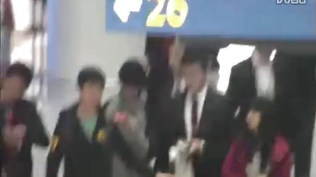 20101201 Leader arrived at SG 3