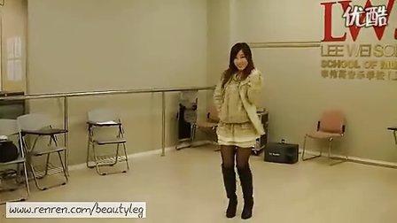 国产美女一个人跳也不比一群韩国美女跳起来差