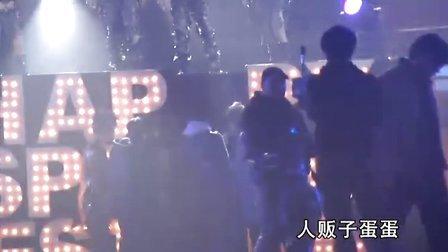 20110122上海春晚李宇春(序幕,粉末,whyme)by人贩子蛋蛋