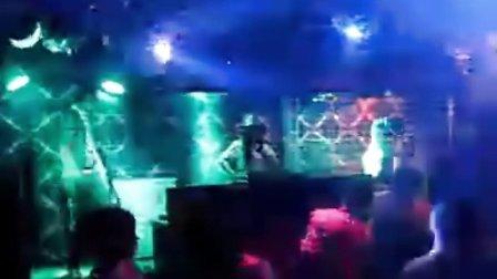 DJ-欣欣 黑龙江齐齐哈尔UMM雷腾DJ领舞培训分校