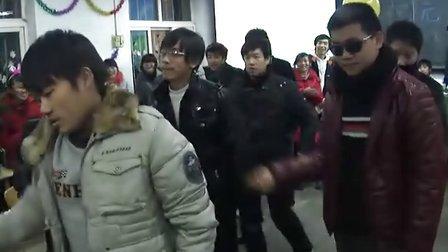枣庄三中高一三班2011年元旦联欢会21