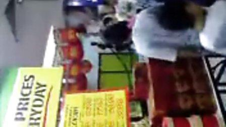 在超级市场 遇见舞狮团队