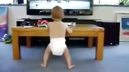 精彩的小宝辣舞 萌宝宝搞笑视频
