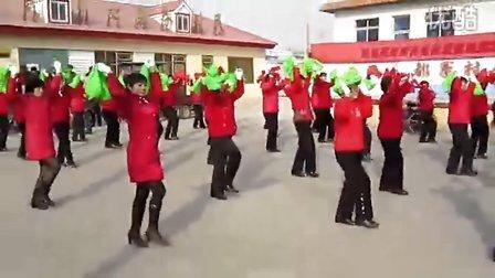 抚宁县都寨村中老年妇女舞蹈团--兔年大拜年2