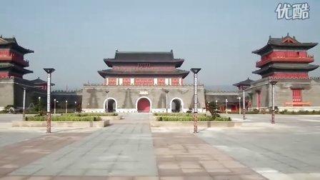 临朐建设中的沂山东大门