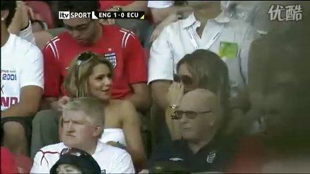 2006年世界杯-贝克汉姆的爱妻维多利亚在看台助威老公进球狂欢