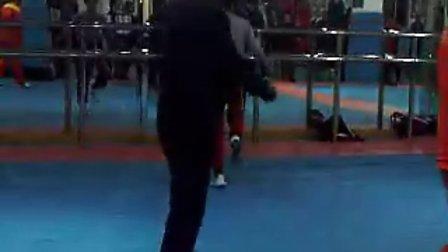 苏州吴江俊豪拳击俱乐部:职业拳击手 跳绳训练(2010.11.18)