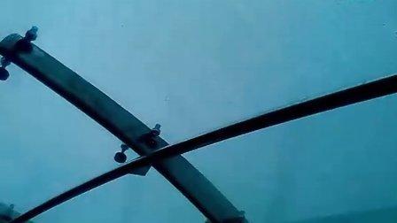 东方明珠电视塔悬空观光廊
