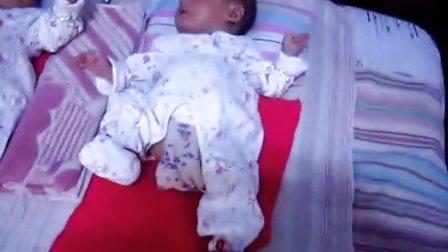 我的侄儿子满月小宝宝