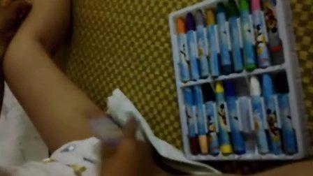 爆笑!!關于雞的DIY美容!3歲小男孩