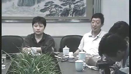 1997年,实力派歌手李娜在天门山采风时接受记者采访,一月后莫名出家--01