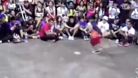 10岁少年华丽街舞与人pk