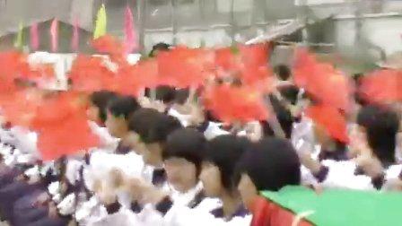 棉湖二中合唱团创造节<歌唱祖国>、<校园多美好>