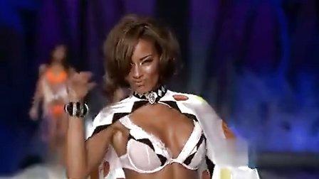 维多利亚的秘密2008时装秀
