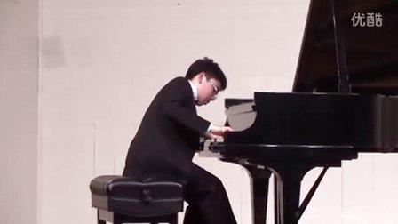 黎卓宇弹奏巴赫法国组曲第六号