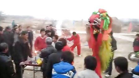 正月十五武汉农家舞狮子