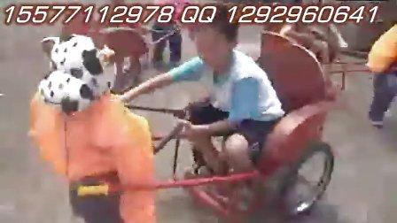 机器人拉车视频,机器人面包车,机器人手拉手,喜羊羊拉车