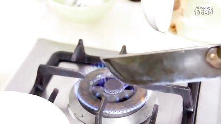 可丽饼:纯正法式可丽饼的做法之如何煎薄饼