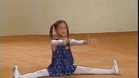 舞蹈-扩指-爸爸瞧妈妈看-04 标清