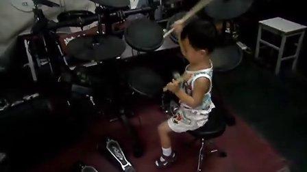 三岁鼓童练习2 超越