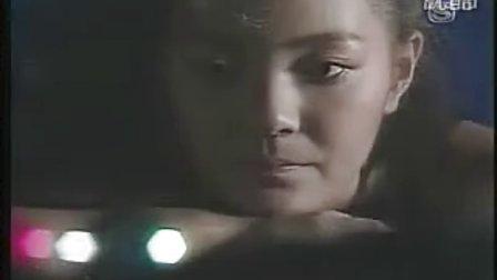 傅娟 爱会再来 原曲 杏里 悲しみが止まらない