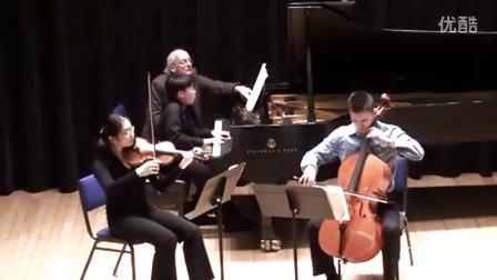 黎卓宇弹奏勃拉姆斯C大调第二号钢琴三重奏