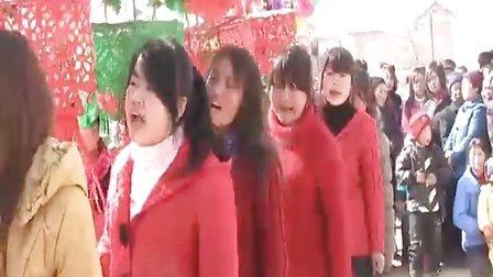 甘肃西和县杜河村社火秧歌-《织手巾》