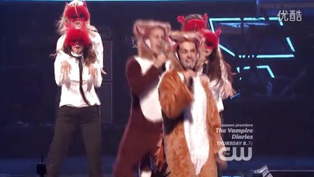 Ylvis - What Does The Fox Say (iHeartradio 2013)