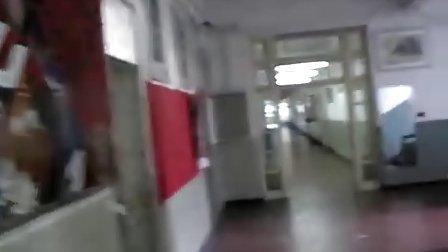 上海冶专-三楼走廊.avi
