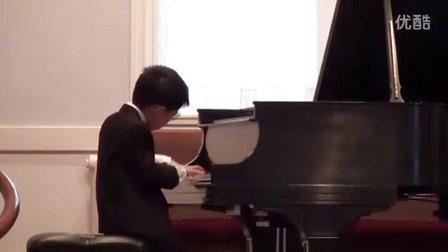 黎安宙弹奏钢琴曲竖琴歌