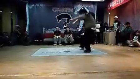 卓毅街舞比赛 Hiphop决赛 丁丁(win)VS大飞
