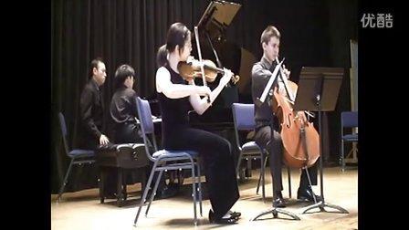 黎卓宇弹奏门德尔松D小调钢琴三重奏