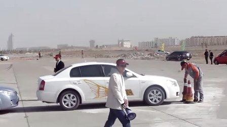 奔腾汽车特技表演
