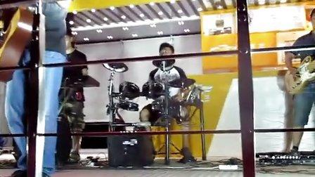 汉中雪佛兰路演&时光飞船乐队