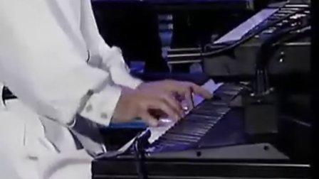 雅尼的钢琴曲