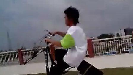 """(爆牛)珠海斗门最牛""""单车哥"""",超强防盗。。。"""