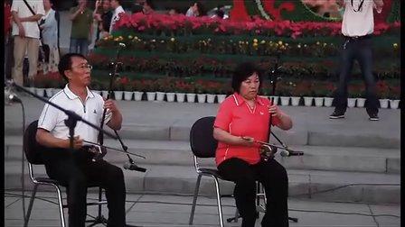 二胡齐奏《北京有个金太阳》