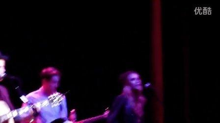20131103 Who I Am - Nick Jonas (Live In The Vineyard)