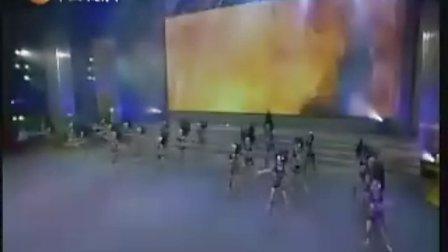 重庆市沙坪坝区文广新局小龙坎艺术教育培训中心参加校园春晚——《阿佤》