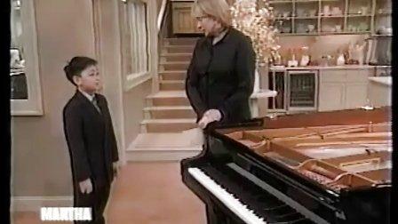 """黎卓宇(George Li)在美国广播公司的""""玛莎•斯图尔""""电视秀直播演奏"""