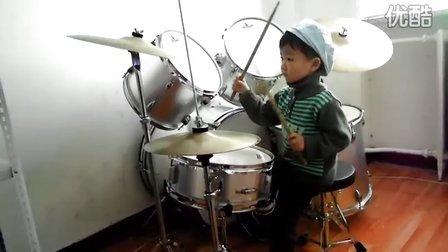 三岁鼓童咚咚 练习 国际歌