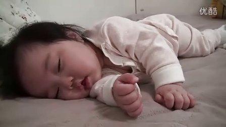 睡醒就微笑的萌宝宝 准妈妈准爸爸必看视频