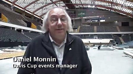 2011费德勒在瑞士Bern与队友备战戴维斯杯训练采访片断